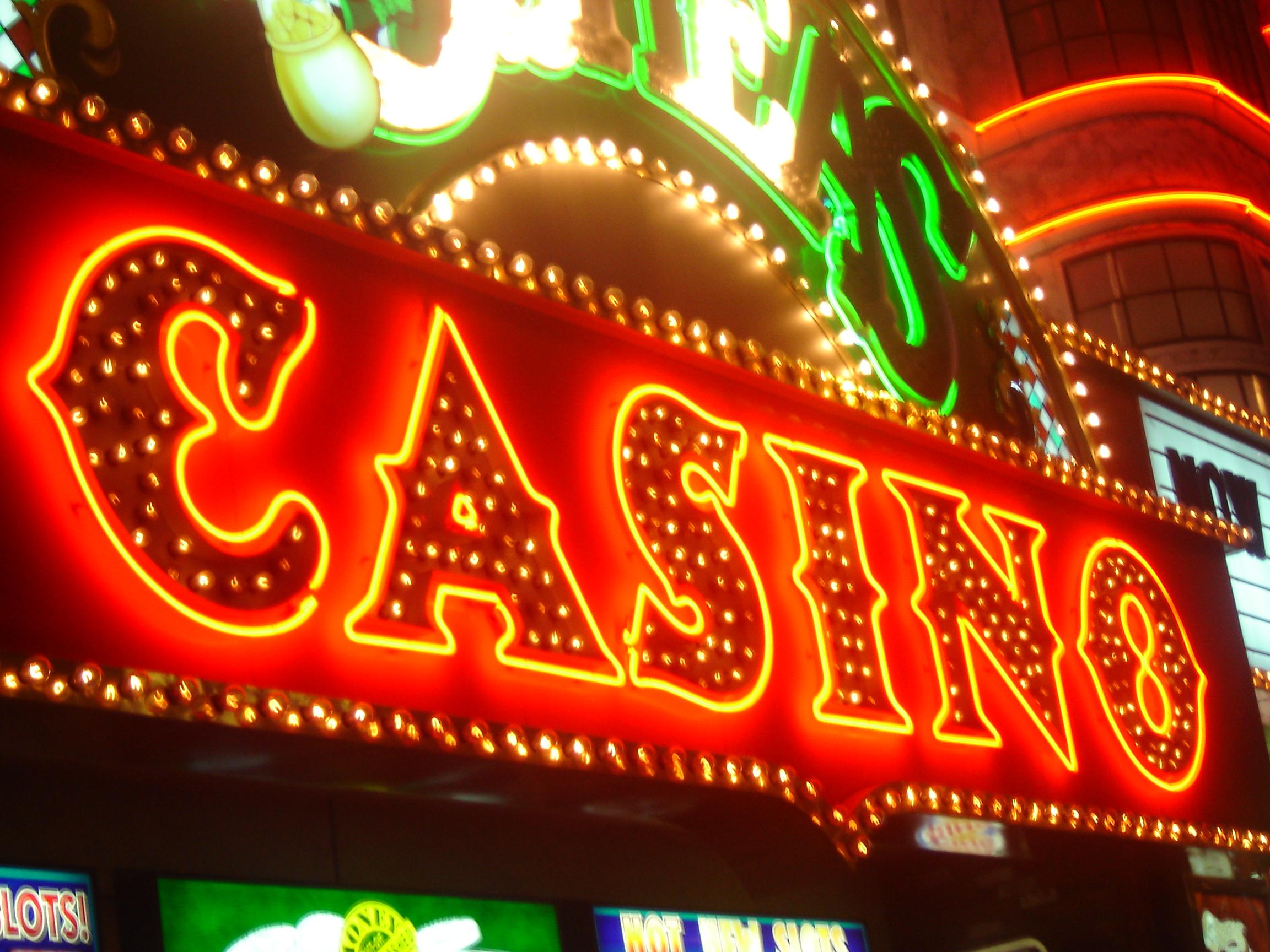 Скачать gold mine игровые автоматы online casino tropicana